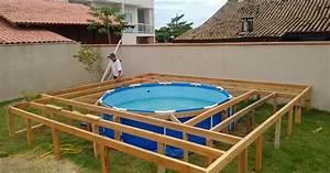 Pool Aus Holz : brasilianer baut sich kosteng nstigen pool im garten ~ Frokenaadalensverden.com Haus und Dekorationen