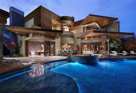 Top 30 Most Luxurious Houses In The World