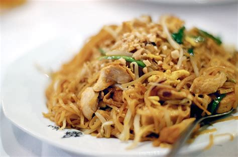 chicken pad thai recipe pad thai recipe dishmaps