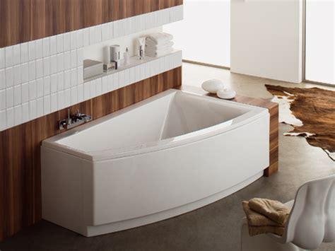 les baignoires asymetriques pour une salle de bains design