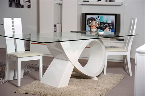 table cuisine ronde blanche table en verre de salle a manger grande table a manger design maisonjoffrois