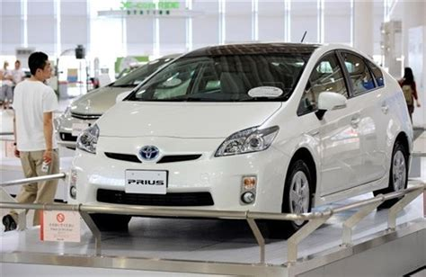 toyota motors japan defying recession japan 39 s green cars surge in popularity