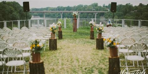 cellar at riverview gardens weddings