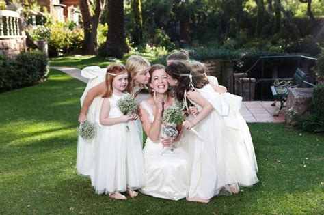 30 Super Fun Wedding Photo Ideas And Poses For Your