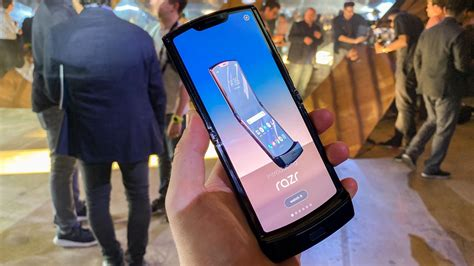 motorola officially unveils  razr foldable smartphone