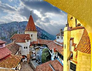 Panoramio - Photo of Dracula's Castle- the courtyard (Fear ...