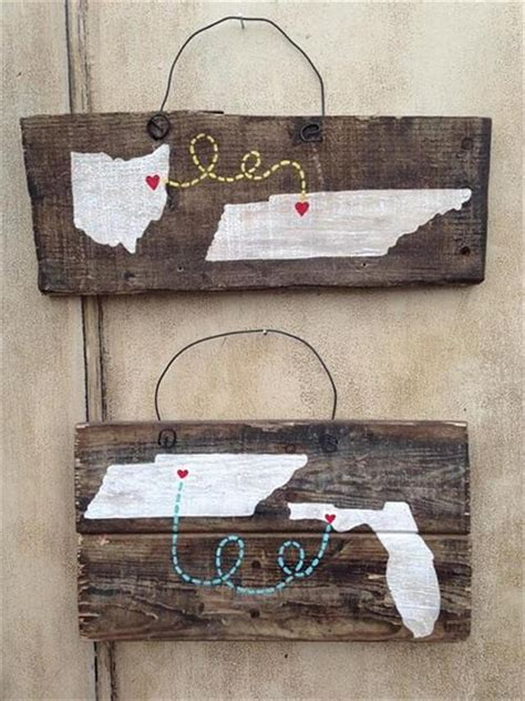 pallet crafts 18 wood projects for home decor diy to make