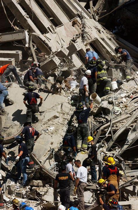 Stevenwarran The 911 Bucket Brigades At Ground Zero