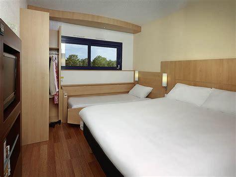 chambre hotel ibis hotel pas cher chasseneuil du poitou ibis site du