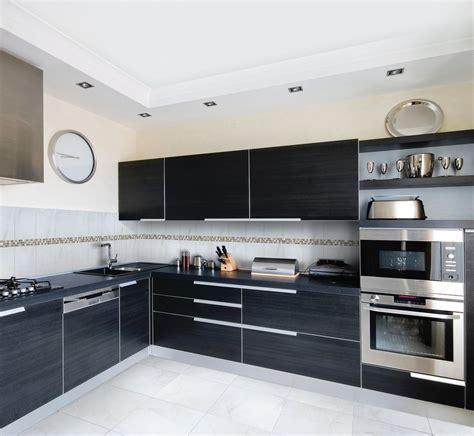 inox pour cuisine inox cuisine cheap meuble cuisine plinthe inox de with