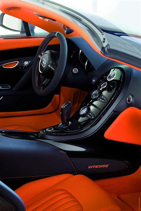 The bugatti veyron has a total of ten radiators: Bugatti Veyron 16.4 Grand Sport Vitesse дебютировал в Азии - Buggy's, Auto's en Oranje