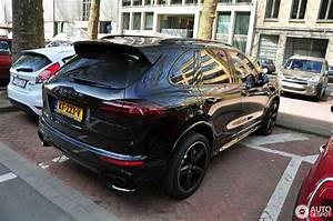 2017 Porsche Cayenne Turbo S : porsche 958 cayenne turbo s mkii 26 march 2017 autogespot ~ Maxctalentgroup.com Avis de Voitures