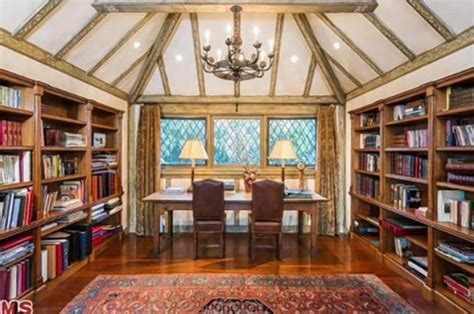 Larry David's Hobbit-like Home For Sale