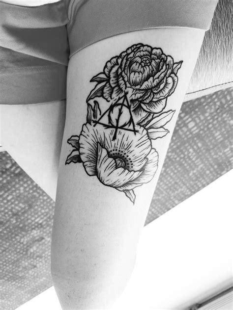 Thigh tattoo. Harry Potter. Deathly Hallows. Flowers. Grayscale. Geek. Nerd. Artist- Austin