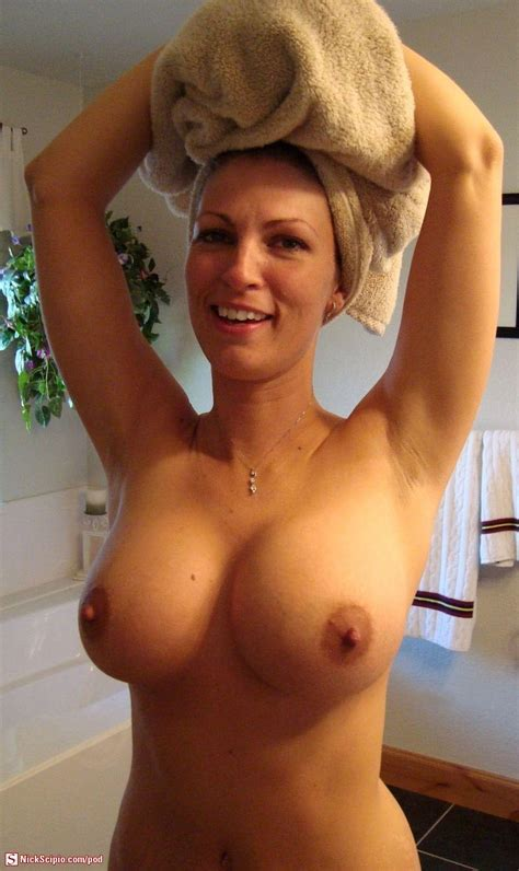 Awesome Tits Milf Picture Of The Day Nickscipio Com
