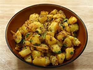 Aloo Jeera (Potatoes with Cumin Seeds) Manjula's Kitchen