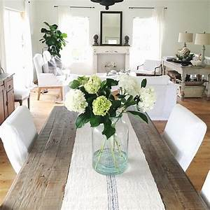 dining room awesome dining room table decor ideas dining With dining table centerpieces ideas for daily use