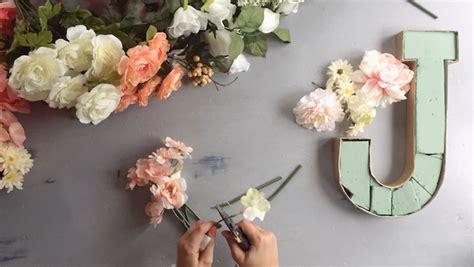 diy flower monogram letter timelapse video tutorial  thinking closet