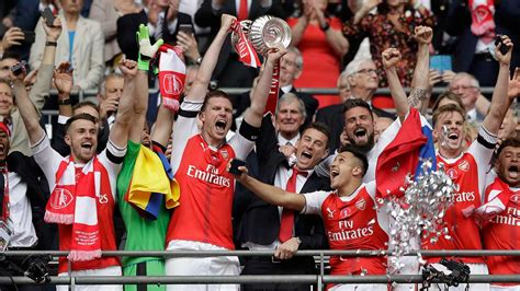 arsenal beats chelsea  win  fa cup   seasons