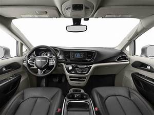 New 2018 Chrysler Pacifica Touring L Fwd Msrp Prices