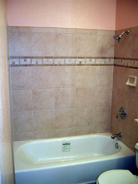 porcelain tile  border bathroom ideas