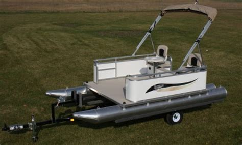 Paddle Boat Trailer by Paddle Boat Trailer Pictures To Pin On Pinsdaddy
