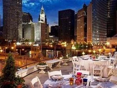 best price on renaissance chicago downtown hotel in