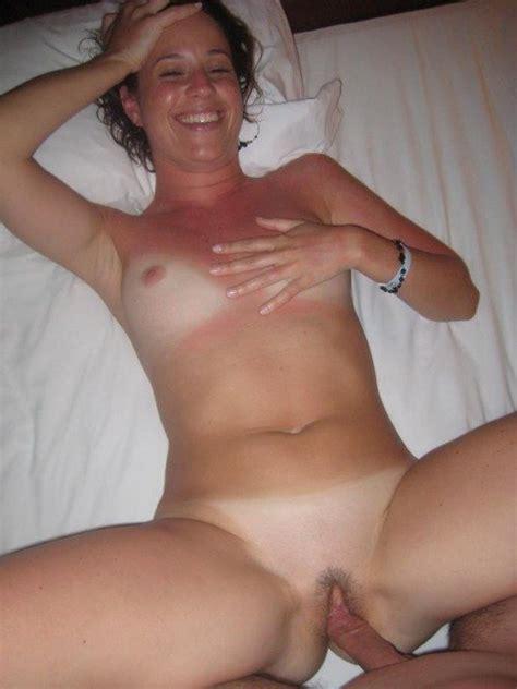 Housewife selfies naked Amateur Wife