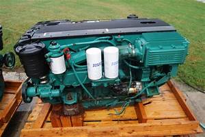 Volvo Penta D6-310 Marine Engine With Dph Drive  Transom  Controls  Wiring