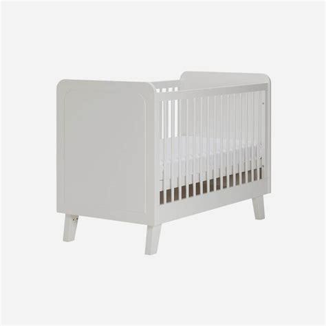 ledikant en commode in 1 inspiratie babykamer scandi white met commode ledikant