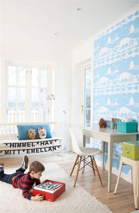 Kinderzimmer Wandgestaltung Himmel by Majvillan Tapete Heaven Sea In Between Blue