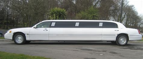 Stretch Limo by White Stretch Limousine Stretch Limo Hire