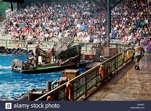 "The ""Waterworld"" movie attraction at Universal Studios ..."