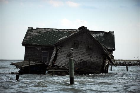 sinking islands chesapeake bay chesapeake s island lost to erosion