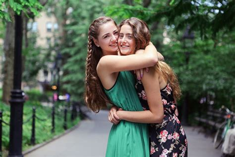 Meet The Teen Sisters Who Just Started Luxury Makeup Line Nudestix Teen Vogue