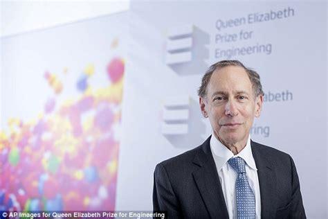 Queen Elizabeth Ii Presents £1m Engineering Prize To Dr
