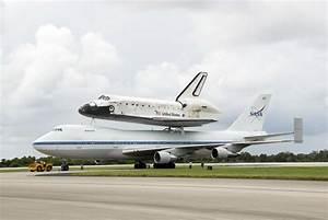 NASA - SCA Crews Focus on Ferrying Shuttles Home
