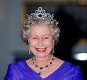 How Many Tiaras Does Queen Elizabeth II Own and Which Is ...