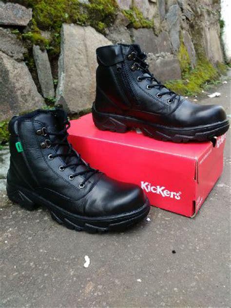 jual sepatu boots kickers safety ujung besi hitam black ziper sleting kerja lapangan proyek