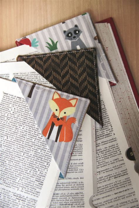 creat and craft stitch create your own pyramid corner bookmarks by 1801