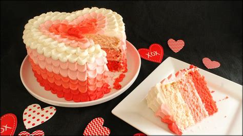 How To Decorate Shaped Cake - learn how to make and decorate this awesome three layer