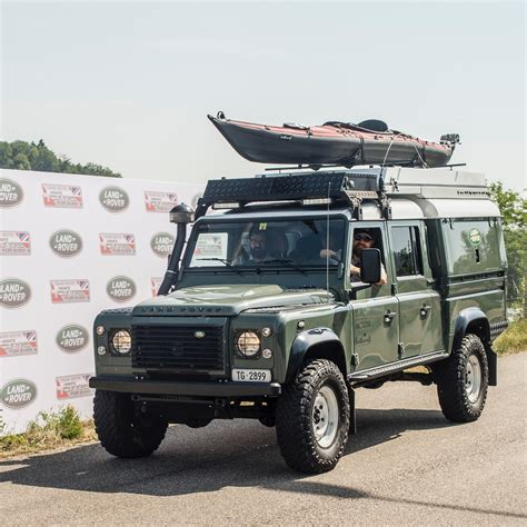 army green range rover land rover defender wiki review everipedia