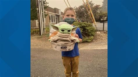 Baby Yoda cheers up Oregon firefighters | wtol.com