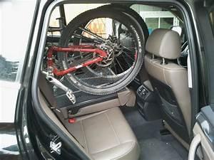 Bmw X3 Kofferraum : foto0798 fahrradtransport im kofferraum des x3 bmw x3 ~ Jslefanu.com Haus und Dekorationen
