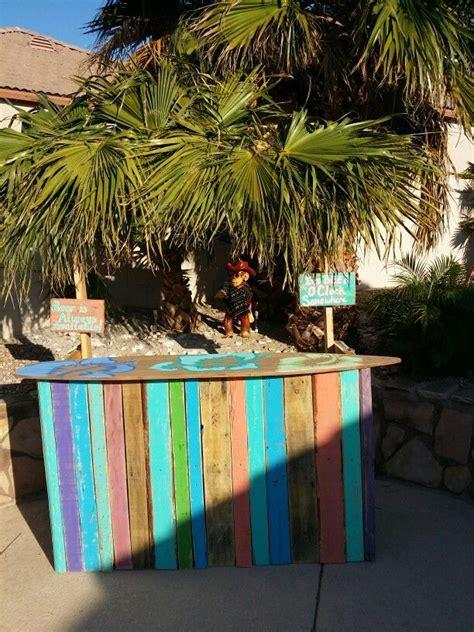 build  tiki bar   pallets woodworking