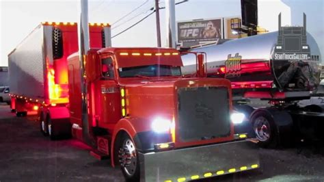 Peterbilt Show Truck Chrome And Lights Semitruckgallery