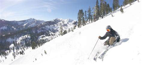 skiing mountains season late wheretraveler