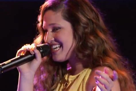 Nicole Johnson Does Her 'Thang' With Kelly Clarkson's 'Mr ...