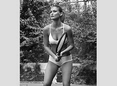 Bar Refaeli scores an ace with her perfect figure as she