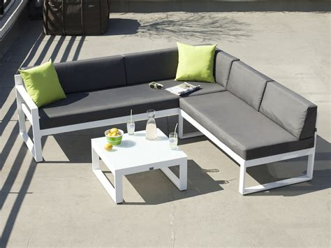 salon de jardin bas 5 places canapé d 39 angle table basse